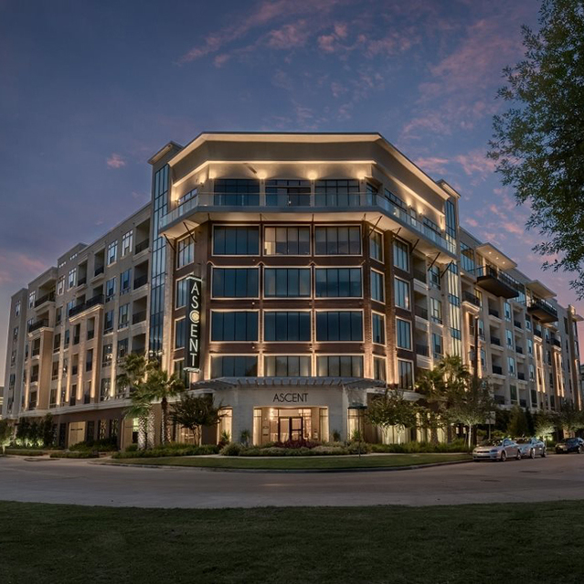 Welcome to Ascent at City Centre Apartments in Houston